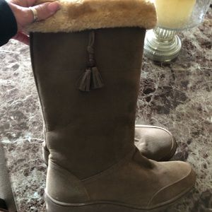 Brown suede boots size 7